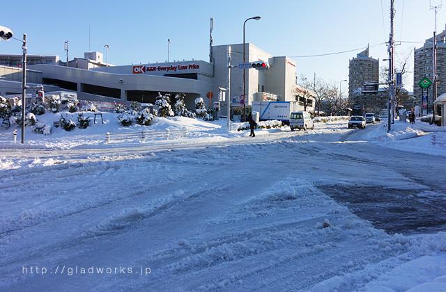 宮上駐在所前の積雪